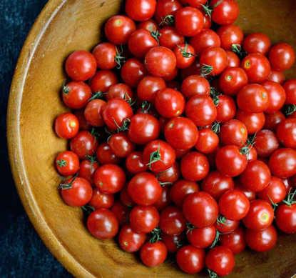 تصویر گوجه چری دانه پریاس