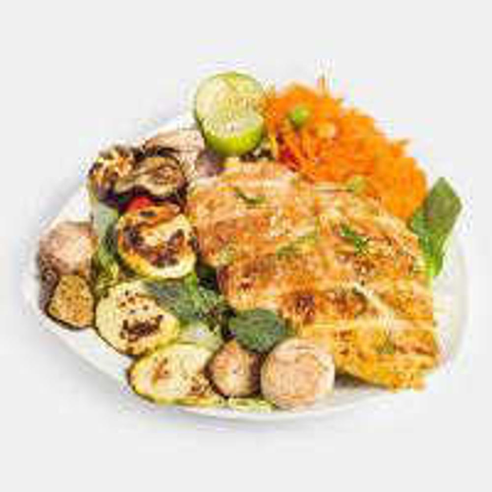 تصویر هلسی فود دیس مرغ شکم پر و سبزیجات